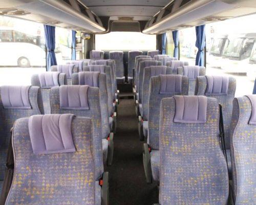 30-fos-Isuzu-busz1